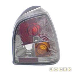 Lanterna traseira tuning - alternativo - Inovox (RCD) - Gol 1995 até 1999 - linha Evolution - encaixe Cibié - fumê - lado do passageiro - cada (unidade) - I2148