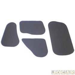 Anti-ruído do capô - Toroflex / Vibrac System - Gol/Especial 1996 até 2002 - Parati 1996 até 1999 - Saveiro 1998 até 2000 - auto-adesivo - preto - jogo - 00352