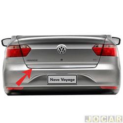 Friso aplique do capô traseiro - Sport Inox - Voyage 2013 em diante - auto colante - resinado - aço escovado - cada (unidade) - VW019FSIE