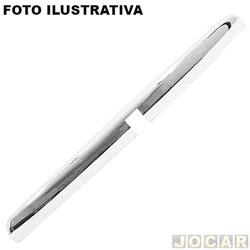 Cobertura da lanterna de placa - alternativo - Parati 1996 até 2002 - com furo quadrado - cromada - cada (unidade)