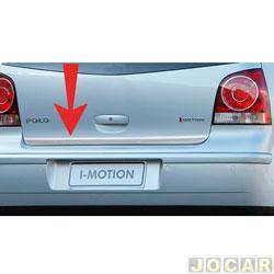 Friso aplique do capô traseiro - Sport Inox - Polo Hatch 2003 até 2014 - auto colante - resinado - aço escovado - cada (unidade) - VW015FSIE