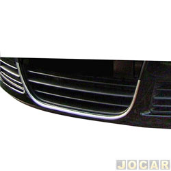 Aplique da grade - NK Brasil - Fox /SpaceFox 2008 até 2009 - Auto-adesiva/ Tipo U - cromado - dianteiro - inferior - jogo - CM7942