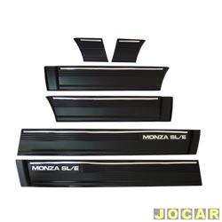 Friso lateral - alternativo - Monza SL/E - 1987 até 1990  - 4 portas - 15 cm - fixado com parafuso  - preto - jogo