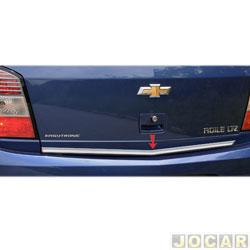 Friso aplique do capô traseiro - Sport Inox - Agile 2009 até 2014 - auto colante - resinado - aço escovado - cada (unidade) - GM001FSIE
