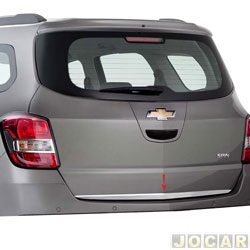 Friso aplique do capô traseiro - Sport Inox - Spin 2012 em diante - auto colante - resinado - aço escovado - cada (unidade) - GM017FSIE