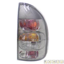 Lanterna traseira tuning - alternativo - Inovox (RCD) - Corsa 2000 até 2002 - 4 portas (exceto Sedan) - linha Evolution - fumê - lado do passageiro - cada (unidade) - I2220