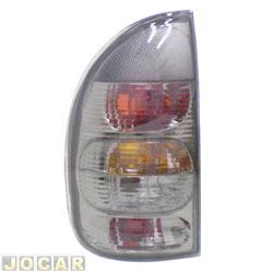 Lanterna traseira tuning - alternativo - Inovox (RCD) - Corsa 2000 até 2002 - 4 portas (exceto Sedan) - linha Evolution - fumê - lado do motorista - cada (unidade) - I2221