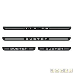 Aplique da soleira - Emblemax - Duster 2011 em diante - resinado - 4 portas - auto colante - preto e cromado - jogo - SOL010