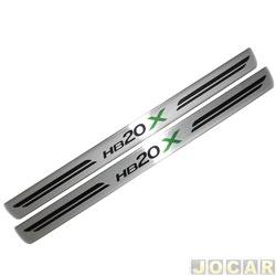 Aplique da soleira - NP Adesivos - HB20X 2012 em diante - resina aço escovado - 4 portas - auto colante  - jogo - NP-001795