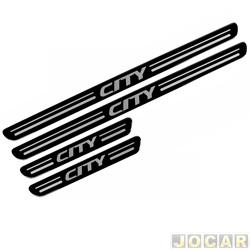 Aplique da soleira - City 2009 em diante - resinado - auto colante - preto - jogo