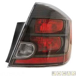 Lanterna traseira - alternativo - TYC - Sentra sedan 2010 até 2013 - fumê - lado do passageiro - cada (unidade) - 20752